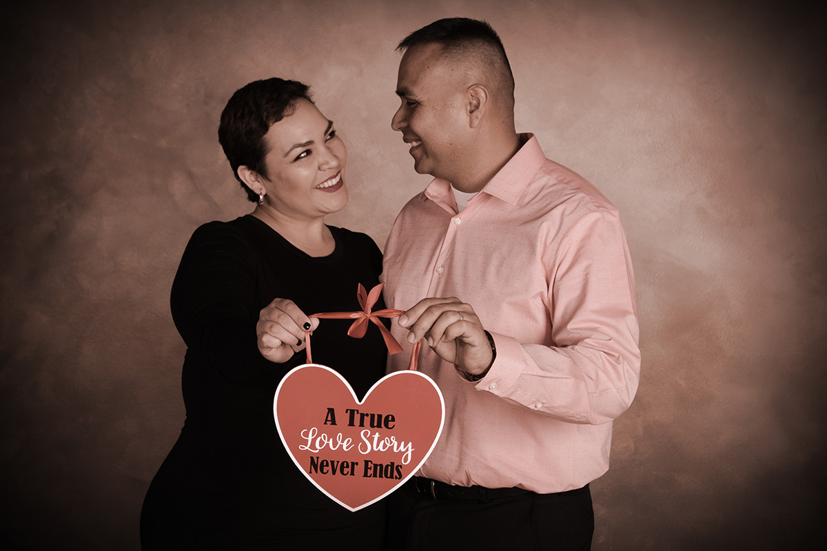 a true love story never ends professional photograph by andrae michaels in colorado springs